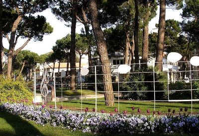 181430914024821-Park_in_Mila.._Marittima.jpg