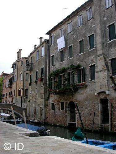 Safe Venezia :-) - Venice