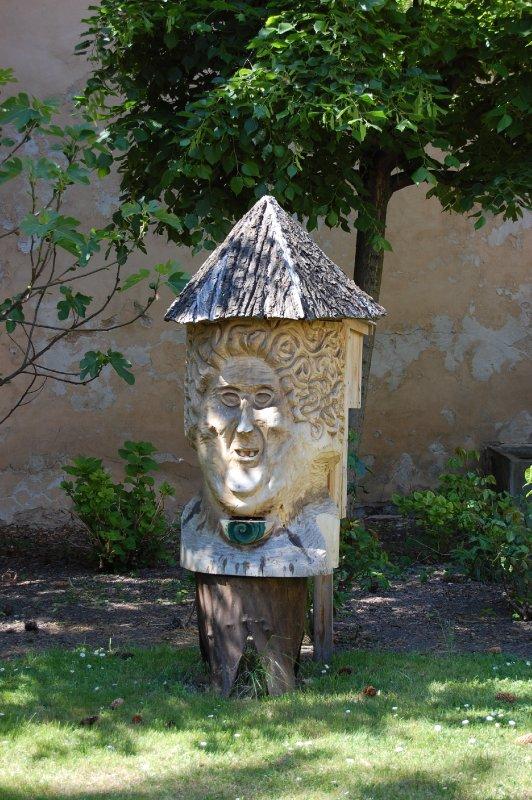 Beehive in Prague park