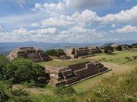 Mike_at_Teotihuacan.jpg