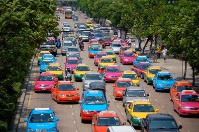 Bangkok_taxis.jpg