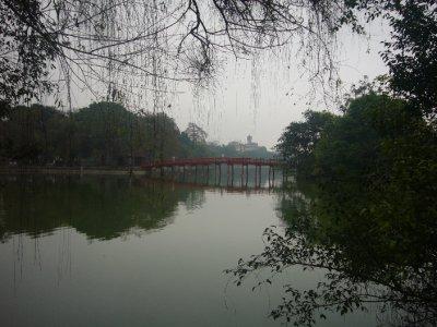 038_Hoan_Kiem_Lake.jpg