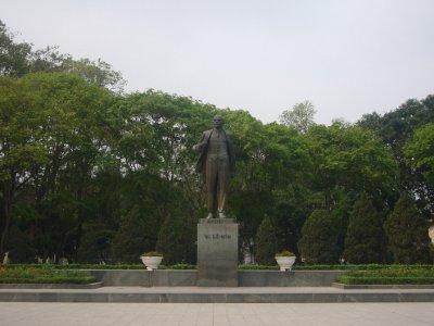 066_Lenin_in_Hanoi.jpg