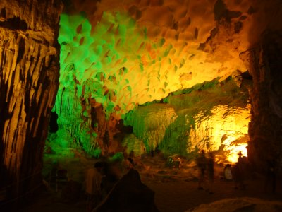 120_Surprising_Cave.jpg