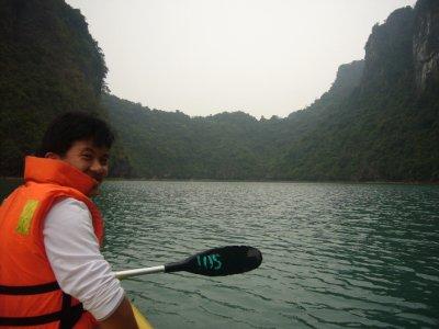 128_Kayaking.jpg