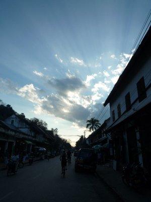 685 Sun Rays