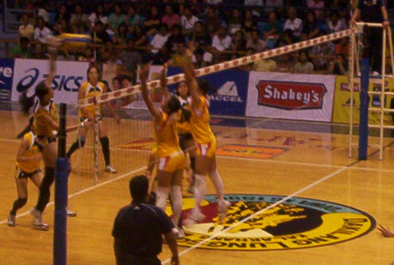 Team Captain and the left-handed Aiza Maizo attacking
