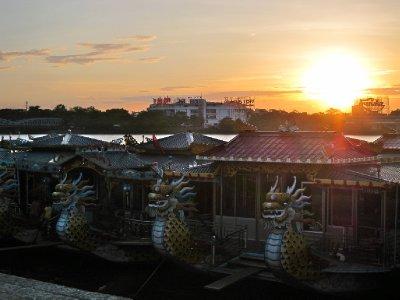 Hue_sunset.jpg