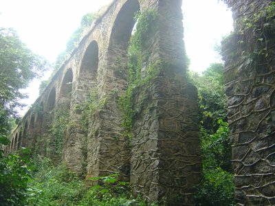 Ihlaaqueduct