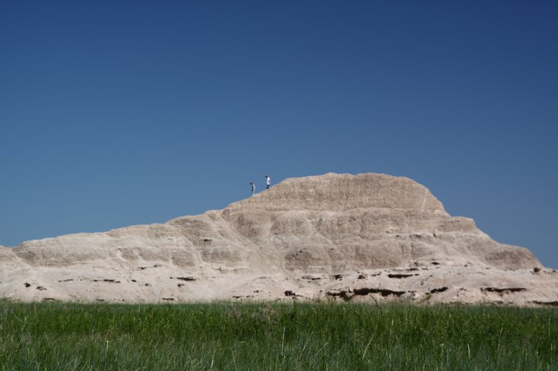 Hiking the Badlands buttes