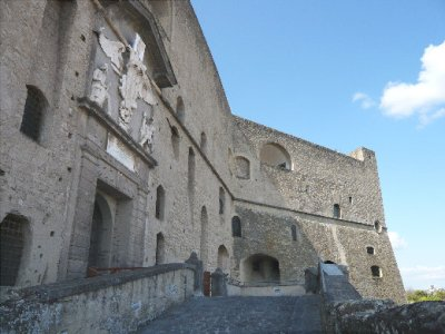 castel_santelmo.jpg