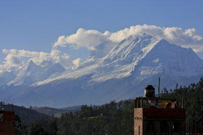 Huaraz_mountain_view.jpg