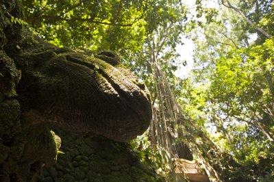 Lizard_statue_forest.jpg