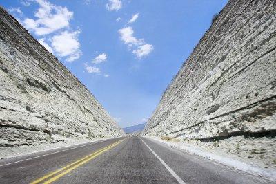 Long_road_Oaxaca.jpg