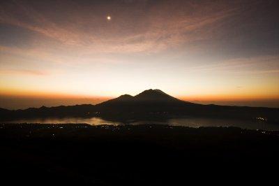 Volcano_dark.jpg