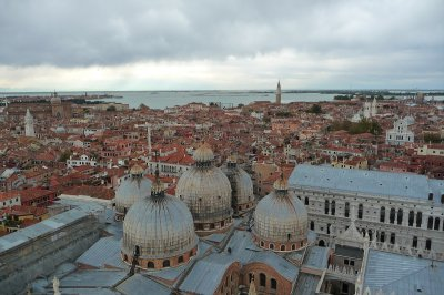 Venice_from_above.jpg