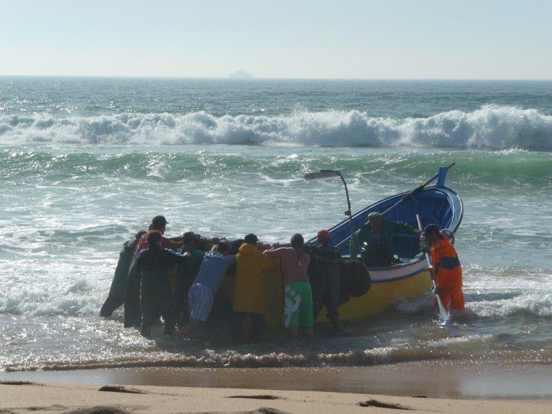 how they launch boats in portugal