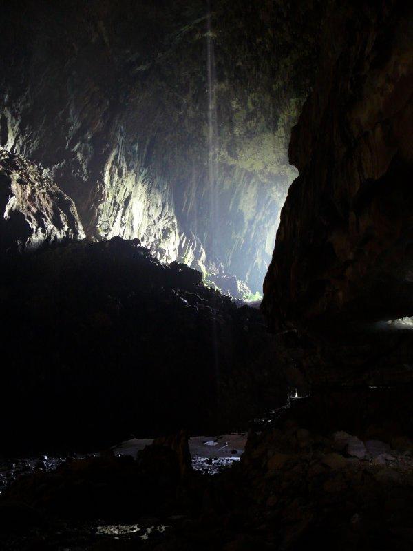 Deer Cave02