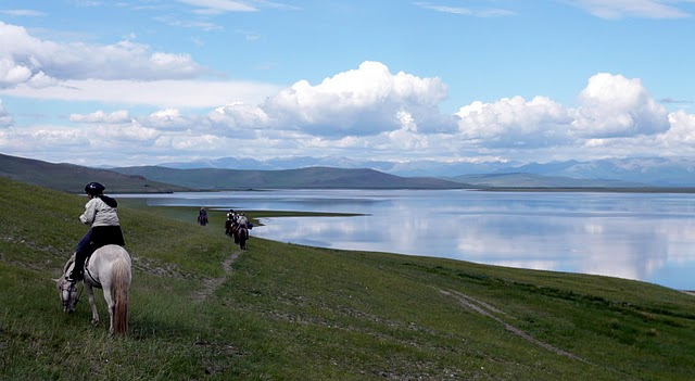 Horseback trips up to Reindeer family's from Khatgal