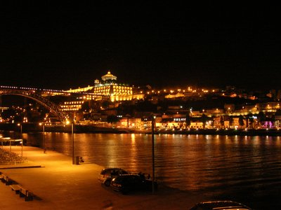 Douro River at night (2)