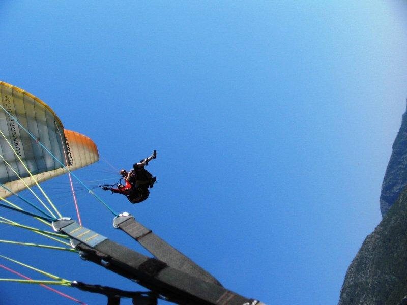 Rachel flying high above me in Ölüdeniz