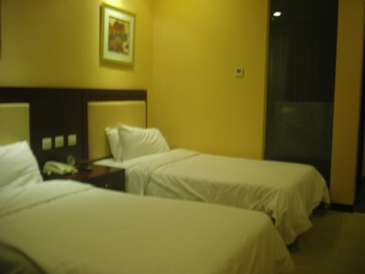 hotel_beds_2.jpg