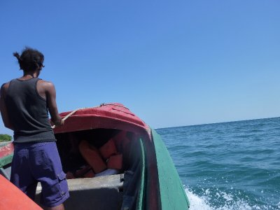 Small fishing boat that we took to Lime Cay.