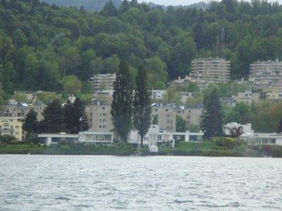 property_a..Lac_Lucerne.jpg