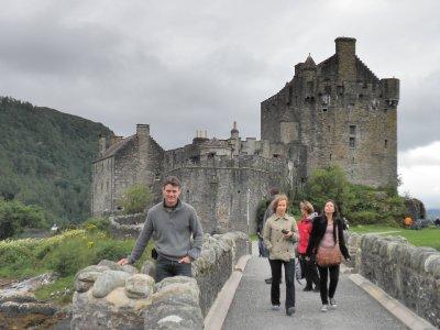 Eilean_Donan_Castle_2.jpg