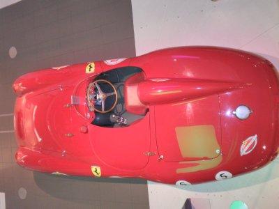 Ferrari_11.jpg