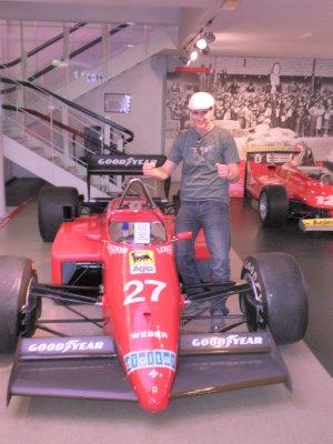 Ferrari_5.jpg