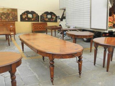 Four_grand_table_AAM.jpg