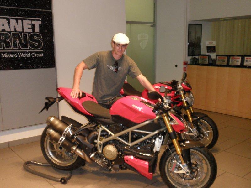 large_Ducatti_1.jpg