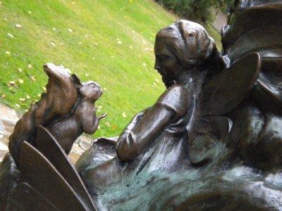 Peter_pan_statue.jpg