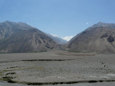 Afghan mountains in front of Hindu Kush