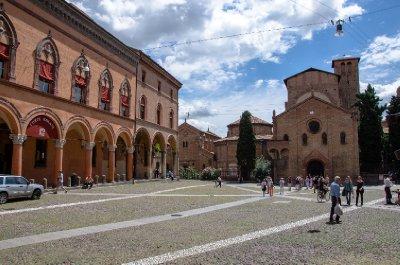 Piazza Santo Stefano, Bologna