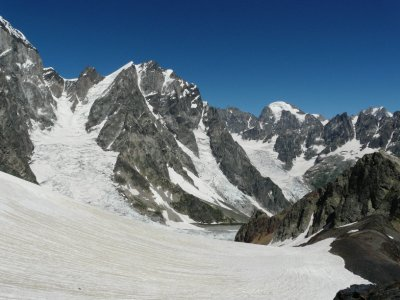 Mt Chatin Tau (4368m) and the Chalati glacier