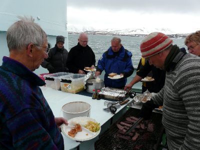 Whale and Salmon lunch, Langöysund