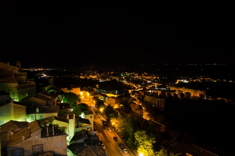 Fermo by night
