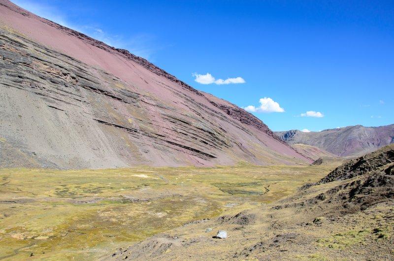 Red ridge near laguna Ausengatecocha