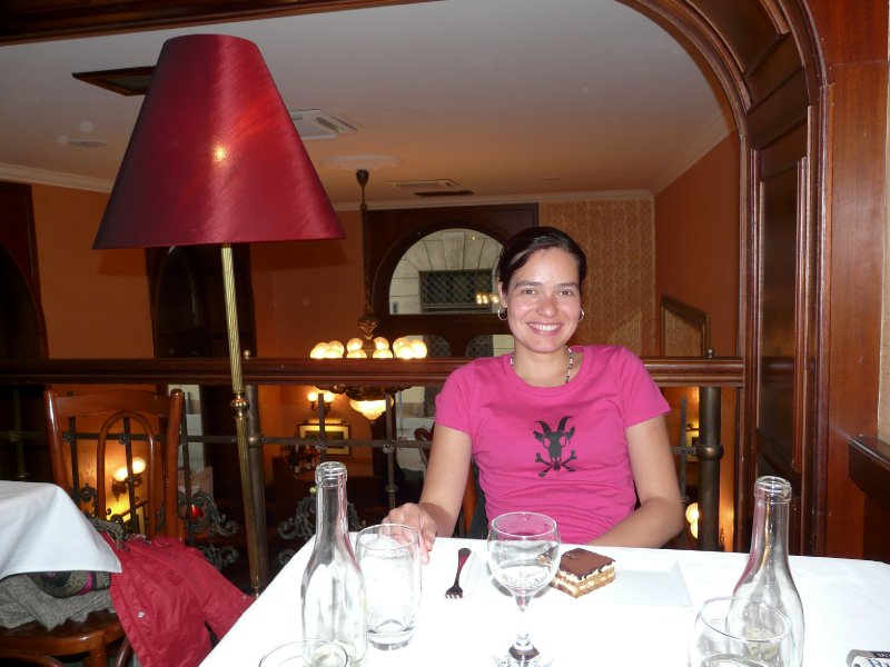 Karolina in Gerloczy Café