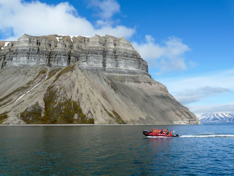Polarcircle boat tour, Isfjorden