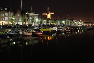 Hellevoetsluis by night