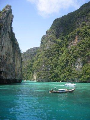 Limestone cliffs - Phi Phi