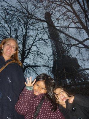 sara and the girls