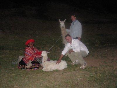 gotta_pet_the_llamas.jpg