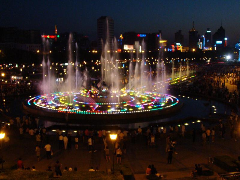 evening at quan cheng square