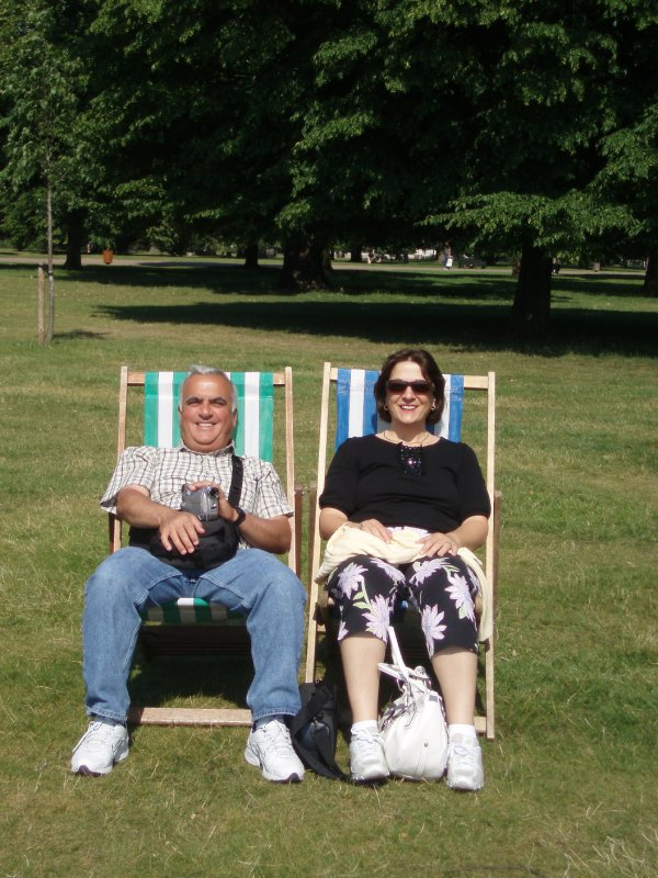 Lounging in Kensington Park