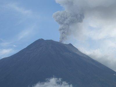 Tungurahua still erupting