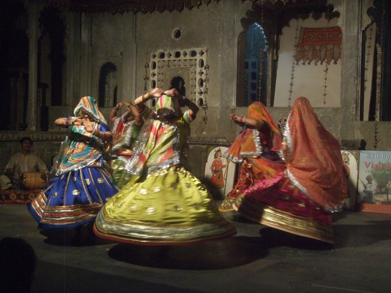 Dancers in Udaipur performing the goomar dance